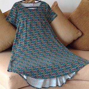 🍃🌹 LuLaRoe - the 'Carly' Dress